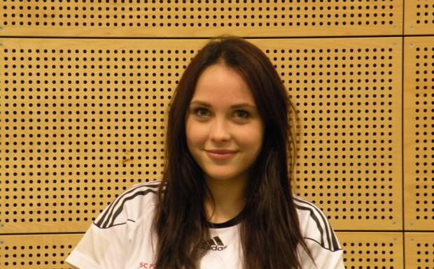 Josefine Stolzenburg